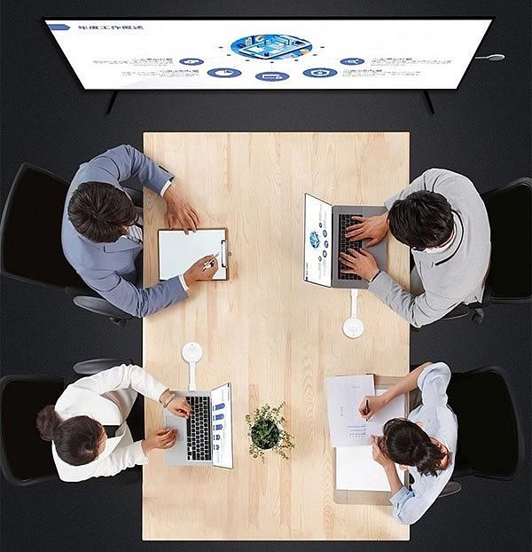 Приемник способен работать с несколькими передатчиками одновременно - отличное решение при проведении совещаний