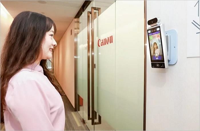 Камеры в офисах Canon по всему Китаю будут пропускать в помещения только тех работников, которые улыбаются
