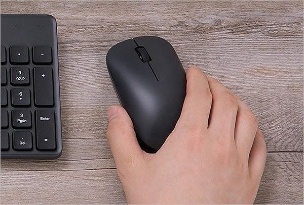 Рука во время работы не будет уставать - ладонь и пальцы удобно располагаются на мышке