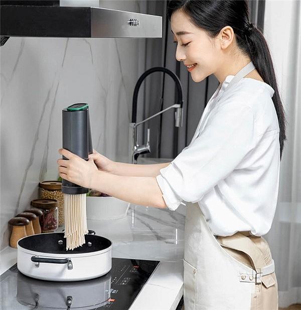 Kribee Big V позволяет приготовить за один заход до 200 грамм лапши
