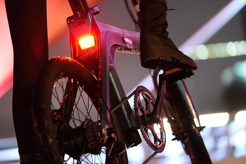 Электровелосипед Fiido X развивает максимальную скорость в 25 км/ч