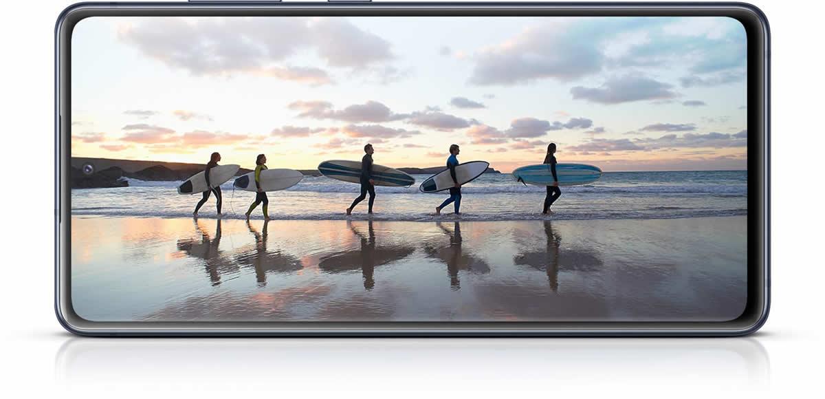 Смартфон Samsung Galaxy S20FE 4